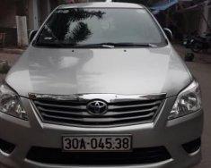 Cần bán xe Toyota Innova E sản xuất 2013, màu bạc, 525tr giá 525 triệu tại Hà Nội