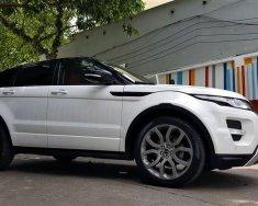 Bán xe Range Rover Evoque Dinamic 2012 chính hãng, màu trắng giá 1 tỷ 550 tr tại Tp.HCM