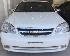 Cần bán gấp Chevrolet Lacetti 1.6 đời 2013, màu trắng, giá 305tr giá 305 triệu tại Khánh Hòa