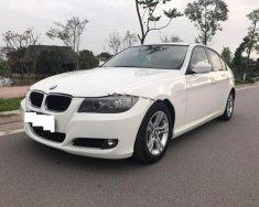 Chính chủ bán BMW 3 Series 320i đời 2009, màu trắng, xe nhập giá 540 triệu tại Hà Nội