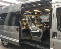 Cần bán xe Ford Transit Limousine năm sản xuất 2018, màu bạc giá 1 tỷ 240 tr tại Hà Nội