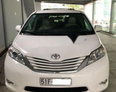 Cần bán lại xe Toyota Sienna LE 3.5 đời 2014, màu trắng, xe nhập còn mới giá 2 tỷ 350 tr tại Tp.HCM