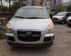 Cần bán Hyundai Starex GRX 6 chỗ 800kg CRDi đời 2004, màu bạc, xe nhập giá 238 triệu tại Hà Nội