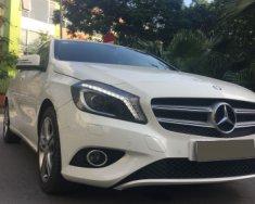 Cần bán lại xe Mercedes 1.6 AT năm 2013, màu trắng giá 860 triệu tại Hà Nội