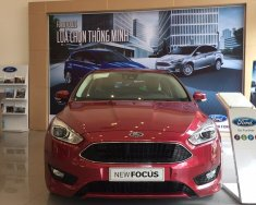Bán Ford Focus 2018, xe đủ màu, trả trước 130 triệu giá 570 triệu tại Tp.HCM