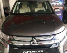 Bán Mitsubishi Outlander 2.0CVT đời 2018, màu nâu giá 930 triệu tại Đồng Nai