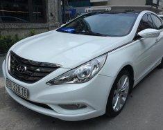 Cần bán Hyundai Sonata 2.0 AT năm 2011, màu trắng, xe nhập, giá chỉ 590 triệu giá 590 triệu tại Hà Nội