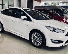 Cần bán Ford Focus Sport 1.5L sản xuất 2018, màu trắng giá 740 triệu tại Tp.HCM