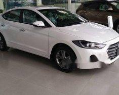 Cần bán Hyundai Elantra 1.6 AT đời 2018, màu trắng, giá tốt giá 639 triệu tại BR-Vũng Tàu