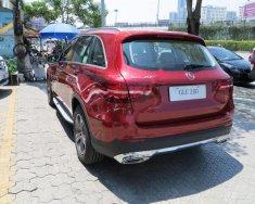 Bán Mercedes GLC 200 đời 2018, màu đỏ giá 1 tỷ 684 tr tại Tp.HCM