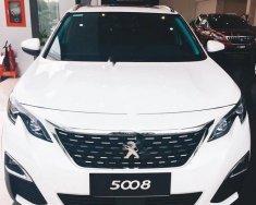 Cần bán Peugeot 5008 1.6 AT sản xuất 2018, màu trắng giá 1 tỷ 399 tr tại Tp.HCM