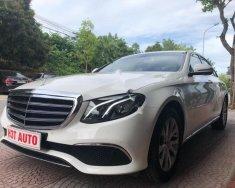 Bán Mercedes E200 sản xuất năm 2017, màu trắng giá 1 tỷ 950 tr tại Hà Nội