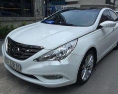 Bán ô tô Hyundai Sonata 2.0AT đời 2011, màu trắng, giá tốt giá 590 triệu tại Hà Nội