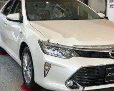 Bán ô tô Toyota Camry sản xuất năm 2018, màu trắng giá 1 tỷ 5 tr tại Tp.HCM