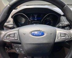 Bán Ford Focus 1.5L Ecoboost sản xuất năm 2015, màu đỏ, 657 triệu giá 657 triệu tại Tp.HCM