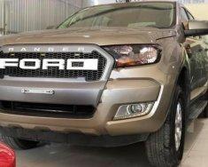 Cần bán Ford Ranger XLS 2.2L 4x2 AT đời 2015, màu vàng, nhập khẩu  giá 605 triệu tại Hà Nội