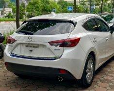 Cần bán gấp Mazda 3 năm 2016, màu trắng, giá 665tr giá 665 triệu tại Hà Nội