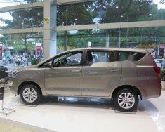 Cần bán xe Toyota Innova E sản xuất 2018, màu xám, giá chỉ 713 triệu giá 713 triệu tại Tp.HCM
