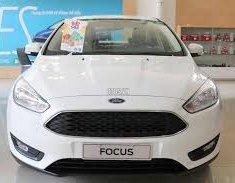 Bán xe Ford Focus sản xuất năm 2018, màu trắng giá 648 triệu tại Bình Định