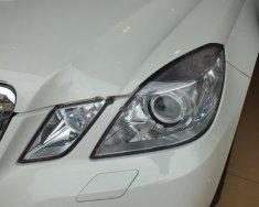 Cần bán gấp Mercedes E250 sản xuất 2012, màu trắng giá 1 tỷ 50 tr tại Hà Nội