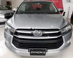 Cần bán Toyota Innova 2.0E năm sản xuất 2018, màu bạc, giá tốt giá 708 triệu tại Tp.HCM
