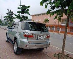 Cần bán xe Toyota Fortuner năm 2010, màu bạc giá 495 triệu tại Hà Nội