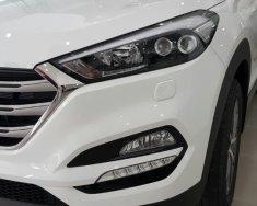 Bán Hyundai Tucson 2018 giá hấp dẫn, có xe sẵn giá 838 triệu tại Tp.HCM