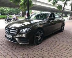 Cần bán gấp Mercedes E300 CBU năm 2016, màu nâu, xe nhập như mới giá 2 tỷ 520 tr tại Hà Nội