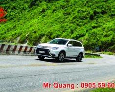 Bán xe Outlander 2 cầu, số tự động, xe mới 2018 tại Đà Nẵng, giá tốt nhất, hỗ trợ vay nhanh đến 80% giá 1 tỷ 99 tr tại Đà Nẵng