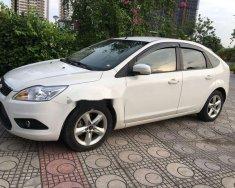 Cần bán lại xe Ford Focus sản xuất 2013, màu trắng số tự động, giá 415tr giá 415 triệu tại Hà Nội