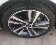 Cần bán xe Kia Cerato 1.6 2017, màu trắng số tự động  giá 615 triệu tại Hà Nội