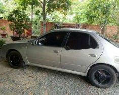 Cần bán xe Nissan Sunny sản xuất năm 1995, màu bạc, giá chỉ 68 triệu giá 68 triệu tại Bình Phước
