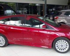 Cần bán lại xe Ford Focus đời 2018, màu đỏ giá 725 triệu tại Tp.HCM