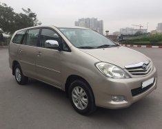 Bán Toyota Innova 2.0 G xịn 2012 chính chủ từ đầu giá 425 triệu tại Hà Nội