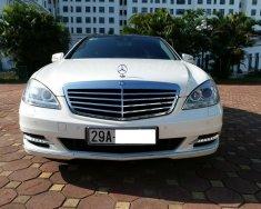 Bán xe Mercedes S300 màu trắng/đen, sản xuất 12/2011 biển Hà Nội giá 1 tỷ 720 tr tại Hà Nội