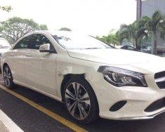 Bán ô tô Mercedes CLA200 năm sản xuất 2017, màu trắng, nhập khẩu giá 1 tỷ 390 tr tại Tp.HCM