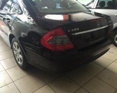 Auto Minh Long bán Mercedes E200 đời 2006, màu đen, xe nhập giá 450 triệu tại Hà Nội