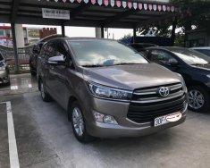 Cần bán gấp Toyota Innova năm 2017 màu nâu, giá tốt giá 725 triệu tại Hà Nội