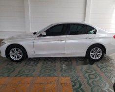 Bán ô tô BMW 3 Series 320i đời 2016, màu trắng giá 1 tỷ 200 tr tại Tp.HCM