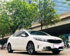 Bán xe Kia Cerato 2017 tự động, màu trắng  giá 605 triệu tại Hà Nội