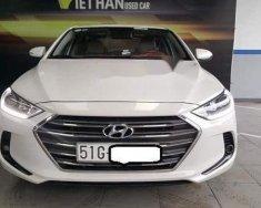 Cần bán gấp Hyundai Elantra 1.6MT đời 2016, màu trắng  giá 526 triệu tại Tp.HCM