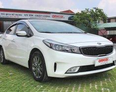 Cần bán xe Kia Cerato, số sàn, đời 2017, màu trắng giá 526 triệu tại Tp.HCM