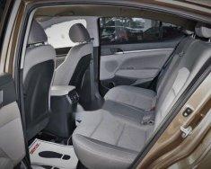 Cần bán xe Hyundai Elantra 2017, số sàn  giá 540 triệu tại Tp.HCM