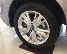 Cần bán xe Toyota Innova 2.0V đời 2018, màu bạc, 910 triệu giá 910 triệu tại Tp.HCM