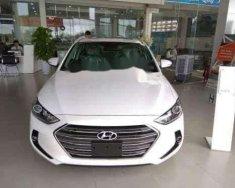 Bán xe Hyundai Elantra 2018 xe có sẵn  giá 560 triệu tại Bình Dương