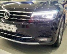 Bán xe Volkswagen Tiguan Allspace đời 2018 giá tốt giá 1 tỷ 699 tr tại Tp.HCM