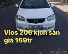 Cần bán lại xe Toyota Vios sản xuất 2009, màu trắng, giá tốt giá Giá thỏa thuận tại Cao Bằng