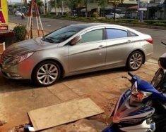 Bán xe Hyundai Sonata đời 2010, màu bạc giá 540 triệu tại Kon Tum