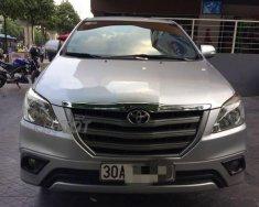 Bán Toyota Innova 2.0E 2015, số sàn, form 2016 giá 615 triệu tại Hà Nội