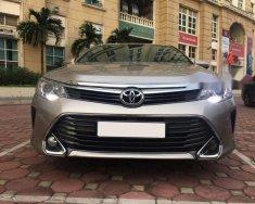 Chính chủ bán Toyota Camry 2.5Q đời 2016, màu vàng, Biển Hà Nội giá 1 tỷ 180 tr tại Hà Nội